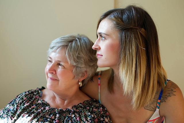 acompanhantes de idosos o que faz